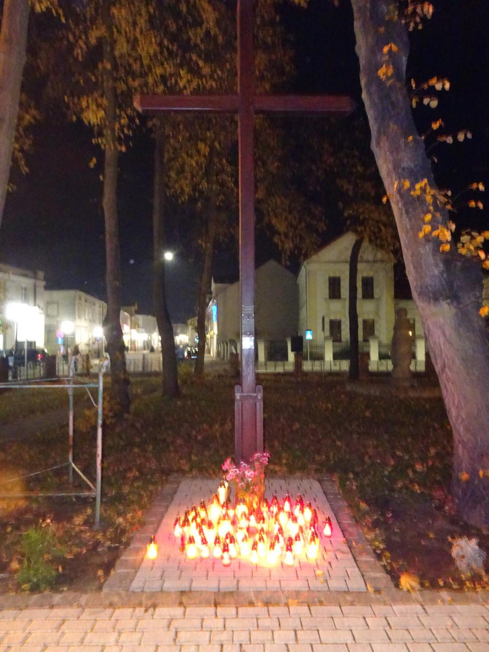 Pamiętamy o wszystkich wiernych zmarłych